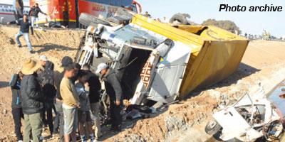 Accident de la route près de Khénifra : 5 morts et 2 blessés graves