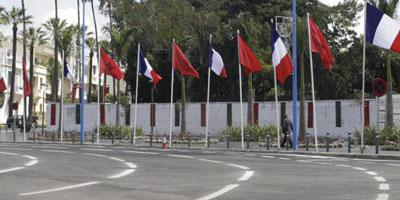 Les Casablancais réservent un accueil enthousiaste et coloré au président François Hollande