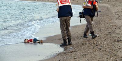 Les photos de l'enfant syrien noyé illustrent le caractère «malfaisant» du trafic d'êtres humains