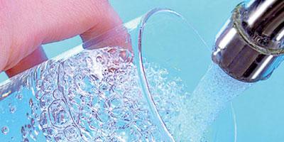 Maroc : 70 litres d'eau par habitant et par jour, USA : 600 litres !