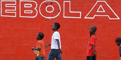 Ebola : vers la réouverture des écoles en février au Liberia
