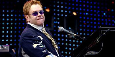 Elton John en tête des chansons les plus vendues au Royaume-Uni depuis 1952