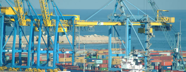 Près de la moitié de la demande intérieure satisfaite par les importations