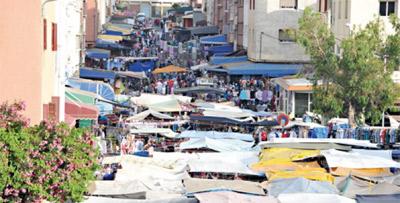 Marchands ambulants au Maroc : qui doit faire appliquer la loi ?