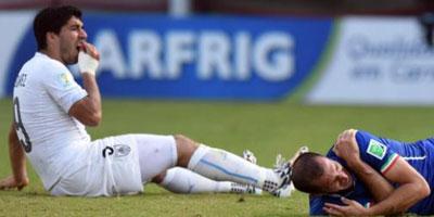 Suarez suspendu 9 matches et 4 mois par la FIFA