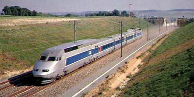 Concours architectural pour les 4 premières gares de TGV