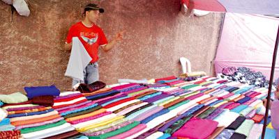 Le marché du tissu d'habillement inondé par les importations, les industriels ferment en cascade