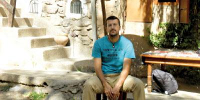 Youssef Maaroufi : voyage au bout  de la simplicité