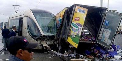 Accident de tramway à Salé