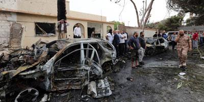 Attentat à la voiture piégée contre l'ambassade de France à Tripoli : deux gardes blessés