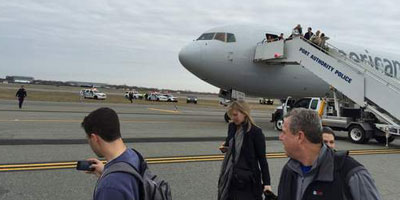 Fausse alerte à la bombe dans un avion à l'aéroport de New-York