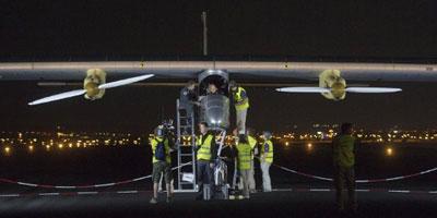 Décollage de Madrid de l'avion Solar Impulse à destination du Maroc