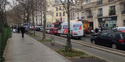 Tirs au siège du journal Charlie Hebdo à Paris