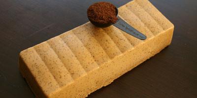 Cosmétic Coffe introduit sur le marché du savon au café