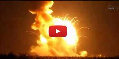 Explosion d'une fusée de la NASA juste après son décollage