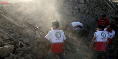 Iran : puissant séisme près d'une centrale nucléaire, 20 morts