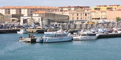 Le port de Tarifa fermé à cause du mauvais temps