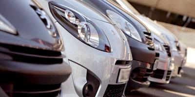 Le volume des ventes de voitures de luxe progresse,  le chiffre d'affaires s'effrite