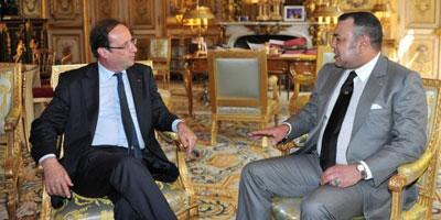 Le Roi Mohammed VI reçoit un appel téléphonique de Hollande