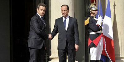 François Hollande prend ses fonctions et se rend à Berlin