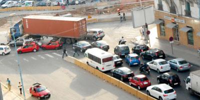 Le projet d'interdiction des poids lourds  à l'intérieur des villes remis sur les rails