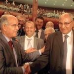 La majorité divisée donne la Chambre des conseillers à l'opposition