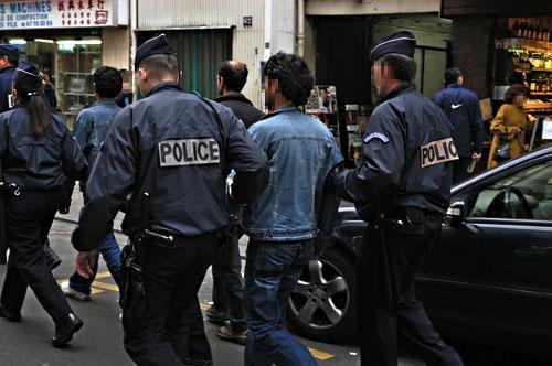 Expulsés de France : des jeunes Marocains à l'identité brisée
