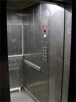 Dopés par l'urbanisation, les ascenseurs se vendent bien : 2 500 unités installées en 2009