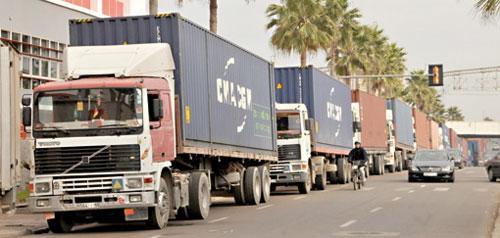 Une première ! Les transporteurs du port de Casa et leurs employés signent une convention collective