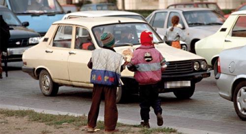 Enfants de la rue : de plus en plus jeunes… drogués et prostitués