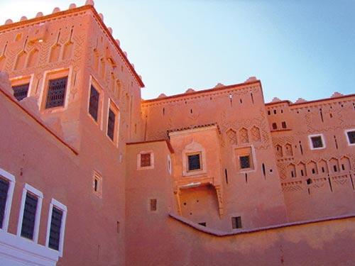 Des kasbahs et des ksours transformés en hôtels