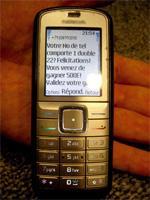 Pub, promotions et jeux SMS : des escrocs profitent du vide juridique