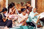 Cuir, poterie, brocarts…, les Fassis tiennent à leur artisanat