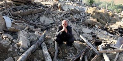Le double séisme en Iran fait 306 morts et 3.037 blessés
