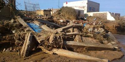 Une victime des crues retrouvée sous les décombres de sa maison à Sidi Ifni