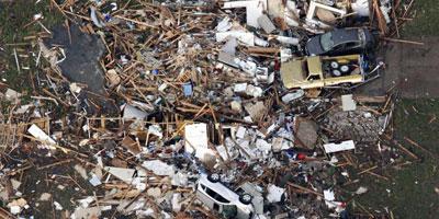 USA : Les images et la vidéo de la tornade qui a fait plusieurs morts cette nuit à Oklahoma City