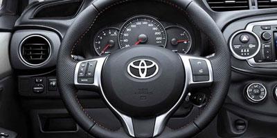ALD automotive séduit par la Auris hybride de Toyota