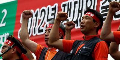 Les salariés sud-coréens de Hyundai poursuivent leur grève