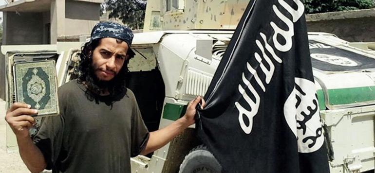 Paris : Abdelhamid Abaaoud projetait une nouvelle attaque au quartier de la Défense