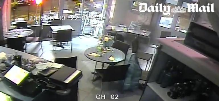 Attentas de Paris: vidéo surveillance d'un café pris pour cible