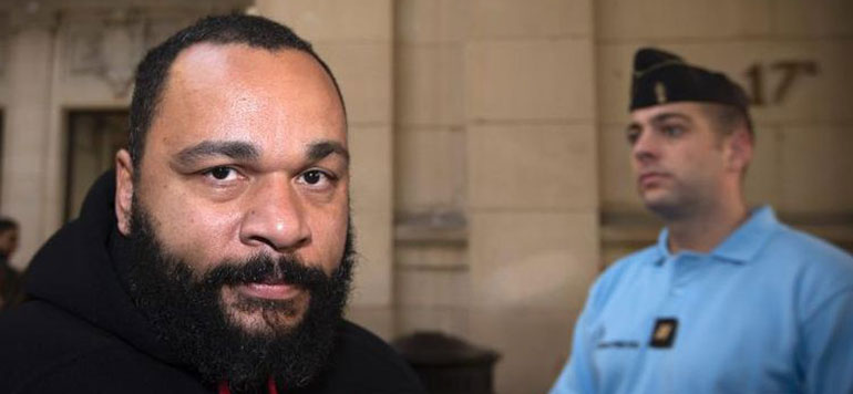 L'humoriste français Dieudonné condamné à deux mois de prison ferme à Liège