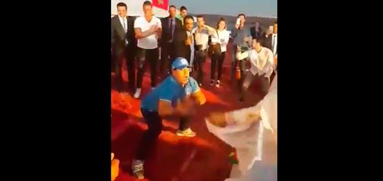 Vidéo : La danse Sahraoui de Maradona
