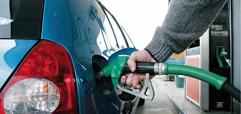 Des résultats au-delà des espérances grâce à l'effondrement des prix du pétrole