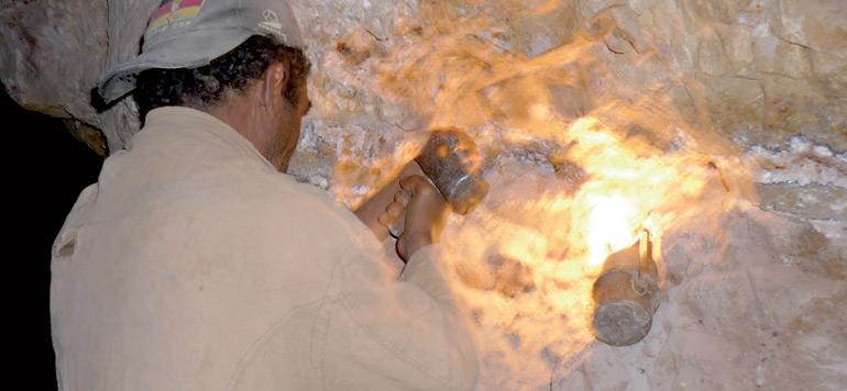 Le nouveau statut des travailleurs miniers est toujours en cours d'élaboration
