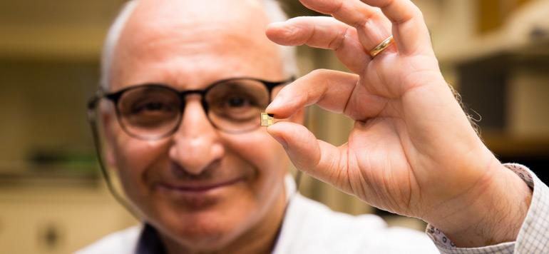 Rachid Yazami invente la puce pour batterie rechargeable en 10 minutes