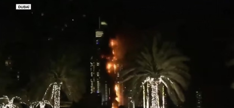Vidéo : Énorme incendie dans un hôtel de Dubai