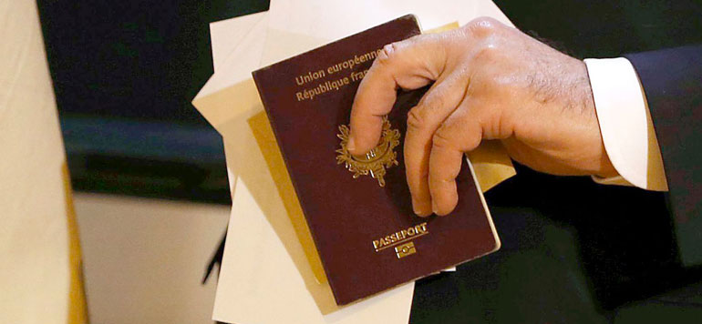 France : La déchéance de nationalité que pour les binationaux