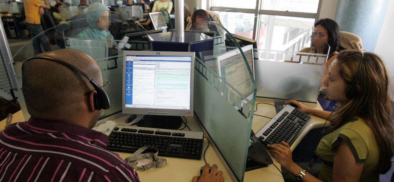 Au moins 3 000 emplois créés par les centres d'appels en 2015