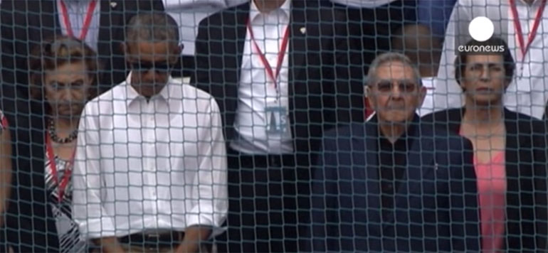 Attentats de Bruxelles : Obama et Castro observent une minute de silence