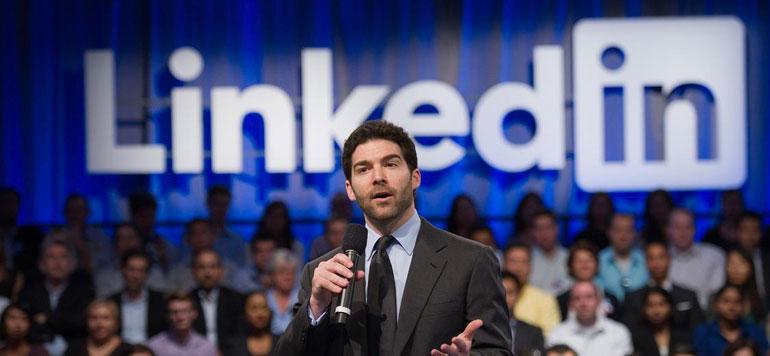 Le PDG de LinkedIn renonce à 14 millions de dollars pour ses employés